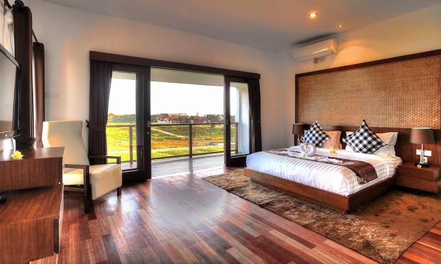 Bali: 4* Pool Villa in Canggu 1