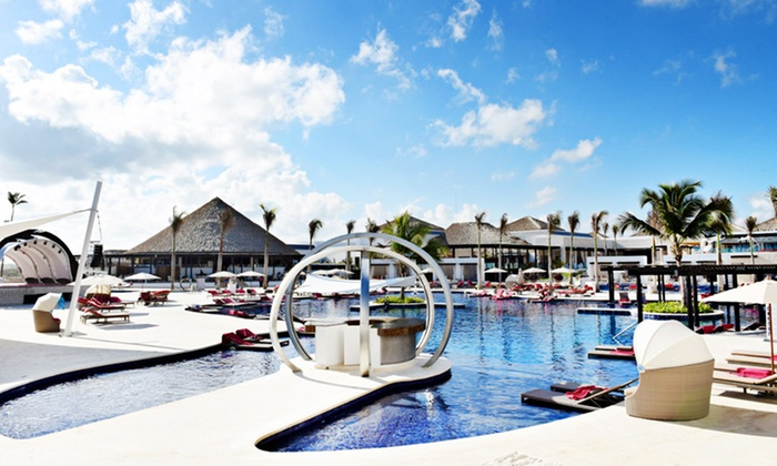 All-Inclusive CHIC Punta Cana Trip w/Air from Vacation Express
