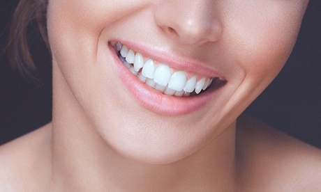 Tratamiento de ortodoncia invisible con 6 visitas de seguimiento por 499 €