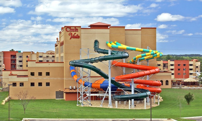 Chula Vista Resort - Wisconsin Dells, WI: Stay with Water-Park Passes and Food & Beverage Credit at Chula Vista Resort in Wisconsin Dells, WI