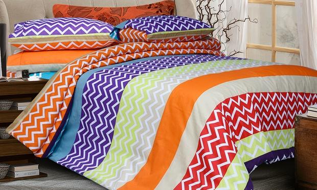 6 piece quilt cover sheet set groupon goods. Black Bedroom Furniture Sets. Home Design Ideas