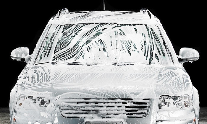 Hesperian 100% Hand Carwash - San Leandro: $19 for Platinum Car Wash with Rain-X Treatments at Hesperian 100% Hand Carwash ($39.99 Value)