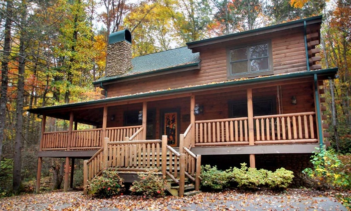 Mountain Air Cabin Rentals - Mountain Air Cabin Rentals: 3-Night Cabin Stay for Up to 12 at Mountain Air Cabin Rentals in Greater Pigeon Forge, TN. Combine Up to 6 Nights.