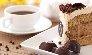 Jokha Bar: Großes Heißgetränk nach Wahl und ein Stück Kuchen für Zwei oder Vier in der Jokha Bar (bis zu 41% sparen*)