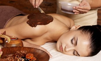 Up to 56% Off Moroccan Scrub and Stretching at Hammam Bethesda