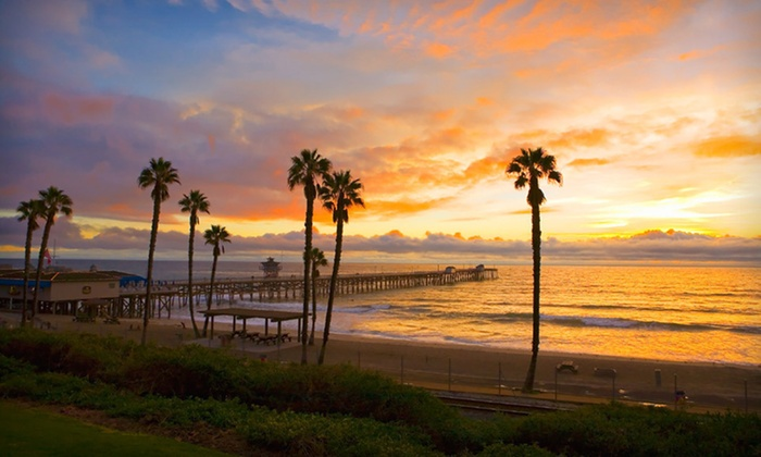 Holiday Inn San Clemente - San Clemente, CA: Two-Night Stay with Champagne at Holiday Inn San Clemente in San Clemente, CA