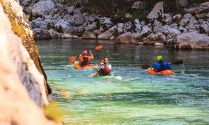 KAYAK AVENTUR: Excursión en piragua con escalada o rápel y picnic por 34,95 € o con barbacoa para dos por 44,95 € en 2 centros a elegir