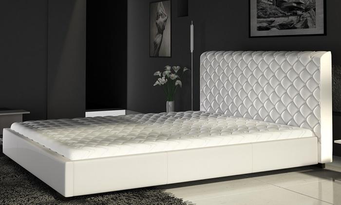 Tapicerowane łóżko Z Materacem Groupon
