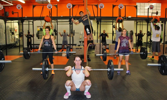 Crossfit Athletic Co. - Lake Worth: 10 or 20 CrossFit Classes at Crossfit Athletic Co. (Up to 75% Off)