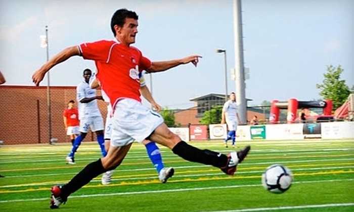 Des Moines Menace - West Des Moines: $12 for Two Popcorns, Two Drinks, and Two General-Admission Tickets to the Des Moines Menace Season Opener on May 14 in West Des Moines ($27 Value)