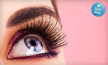 Discover Lash Package that Includes 35 Lashes for Each Eye and Upgrade to Silk Mink Lashes (a $105 value) - Fembotika iLash Bar in Toronto