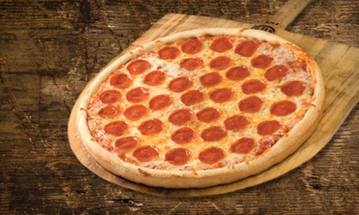 Sam's Pizza - Northern San Diego,Del Mar Heights: $10 for $20 Worth of Pizza and Drinks at Sam's Pizza in Del Mar