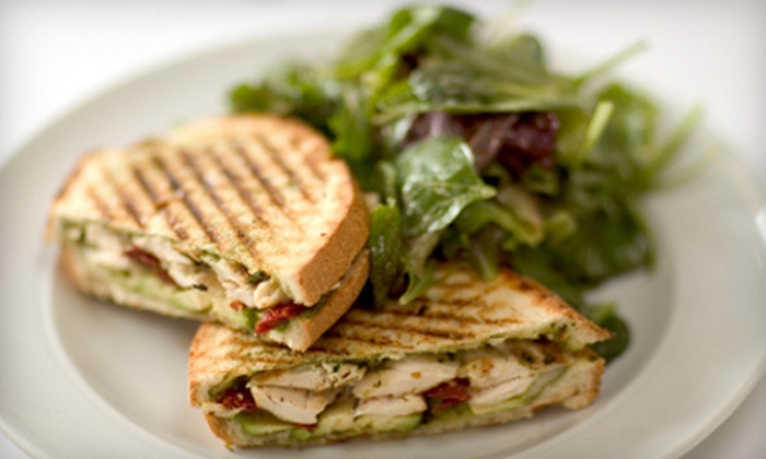 Il Ponte Cafe - Cottonwood Village: $7 for $14 Worth of Italian and Mediterranean Cuisine at Il Ponte Cafe
