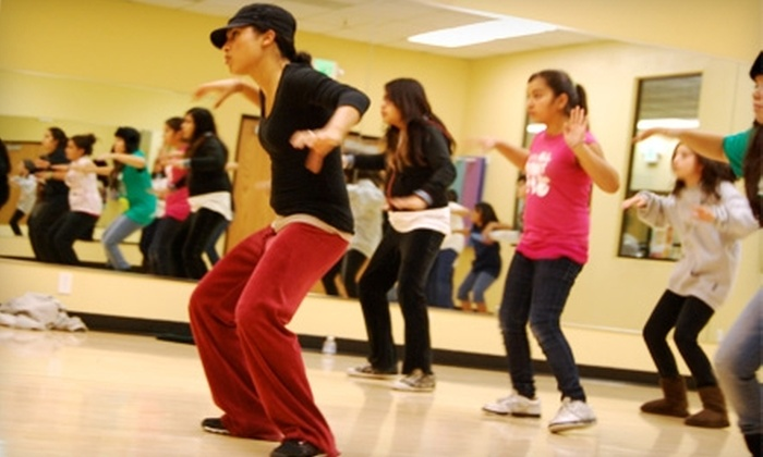 Community Street Jam Fitness, Dance and Performance Academy - Redwood City: $72 for One Month of Fitness and Dance Group Classes at Community Street Jam Fitness, Dance and Performance Academy