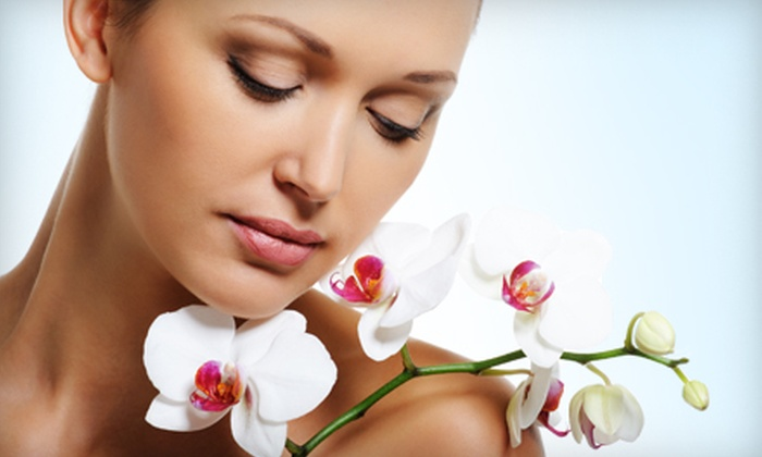 Juin Organique - Lower Pacific Heights: 75- or 105-Minute Microcurrent-Facelift and Facial Package at Juin Organique