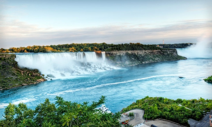Best Western Plus Cairn Croft Hotel - Niagara Falls, ON: One- or Two-Night Stay with Chocolate and Wine Tours at Best Western Plus Cairn Croft Hotel in Niagara Falls, ON