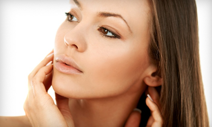 La Bella Center For Age Management - Fort Lauderdale: Up to 20 Units of Botox or 0.8 Milliliters of Juvéderm at La Bella Center for Anti-Aging