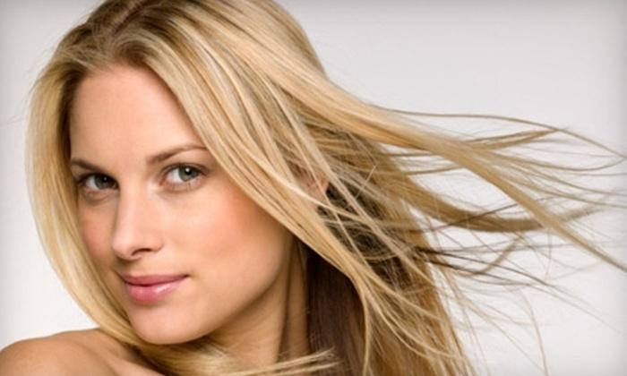 Wynn Hair & Nail Spa - Chelsea: $35 for a One-Hour Full-Body Massage at Wynn Hair & Nail Spa ($75 Value)