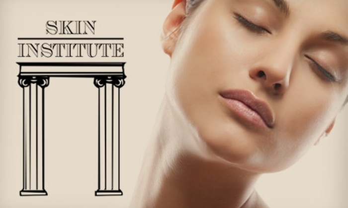 Skin Institute - North Miami: $29 for an AHA/Kojic Facial Peel or Citrus Scrub and Body Wrap at Skin Institute ($90 value)