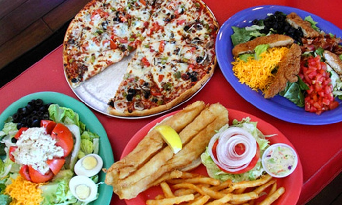 Sand Bar - Naples: Sports-Bar Fare and Drinks at Sand Bar. Two Options Available.