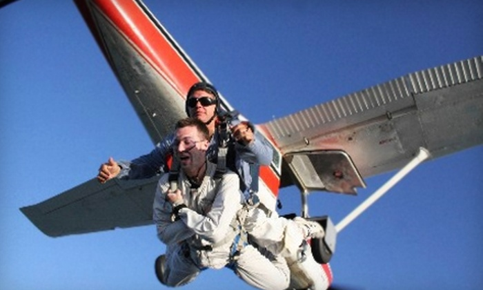 Central Michigan Skydivers - Union: $119 for a Tandem-Jump Skydive from Central Michigan Skydivers in Mount Pleasant ($225 Value)