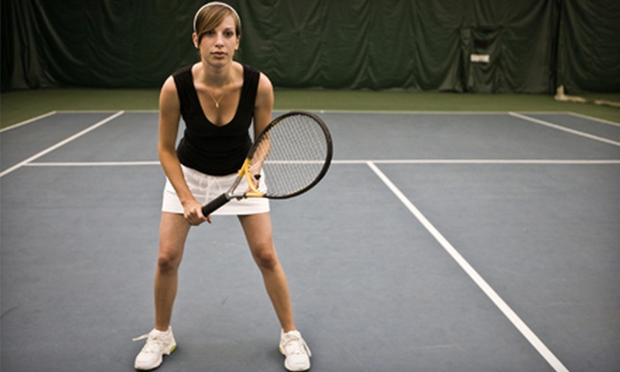 Grosse Pointe Hunt Club Tennis House - Grosse Pointe: Individual or Family Membership Package at Grosse Pointe Hunt Club Tennis House in Grosse Pointe Woods (Up to $275 Value)