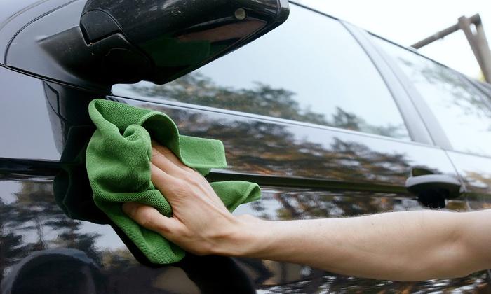 Constan Car Wash - Columbia: $5 for an Exterior Car Wash, Polish Wax, and Hand Dry at Constan Car Wash ($10 Value)