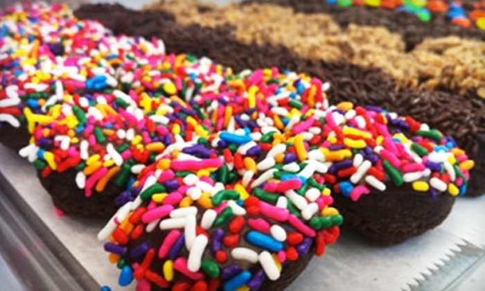 The Mini Donut Factory - Multiple Locations: $5 for $12 Worth of Donuts and Drinks at The Mini Donut Factory