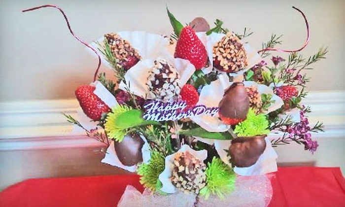 Strawberry Delights - Rozelle - Annesdale Area Association: $29 for a Deluxe Strawberry Bouquet from Strawberry Delights ($60 Value)