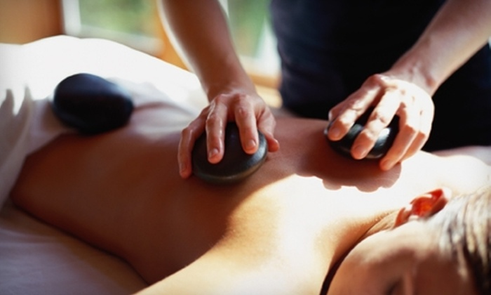 Hand & Stone Massage and Facial Spa - Highlands Ranch: $29 for Massage or Facial Plus Aromatherapy at Hand & Stone Massage and Facial Spa in Highlands Ranch ($59.95 Value)