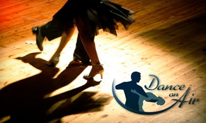 Dance on Air Studios - Fitchburg: $15 for a Four-Week Dance Class for Adults at Dance on Air Studios in Fitchburg (Up to $35 Value)