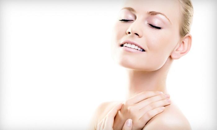 Advanced Skin Solutions - Williamsville: HydraFacial Treatment or HydraFacial with GlySal Peel at Advanced Skin Solutions in Williamsville