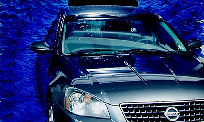 Circle K Car Wash - Hillcrest: $12 for Three Ultimate Car Washes with Rain-X at Circle K Car Wash (Up to $27 Value)