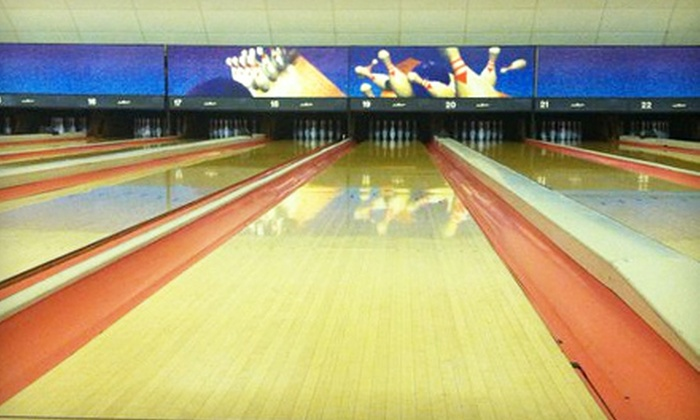 Rebman Recreation - Lorain: $15 for Bowling for Eight with Shoes and Pitcher of Soda at Rebman Recreation in Lorain (Up to $43.50 Value)