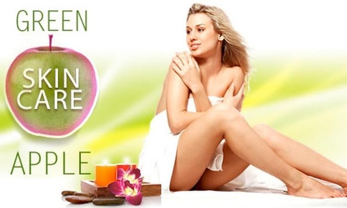 Green Apple Salon - Downtown: $50 for an Organic Facial at Green Apple Salon ($100 Value)