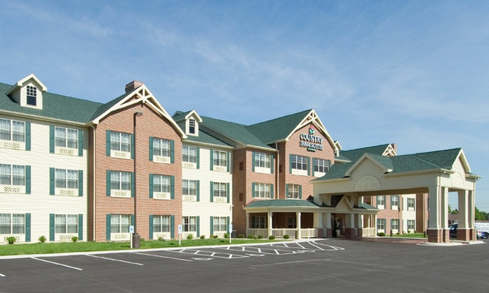 Country Inn and Suites Green Bay East - Green Bay, WI: Stay at Country Inn and Suites Green Bay East in Green Bay, WI; Dates into August