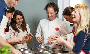 L'atelier des chefs: Choice of Cookery Class for One Person with Optional Glass of Wine or Prosecco at L'atelier des Chefs (Up to 39% Off*)