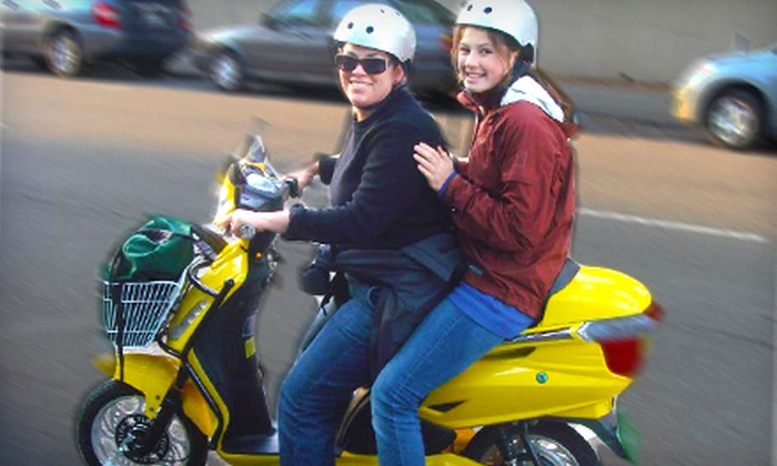 Green Choice Moto - Elmwood: Three-Hour Scooter Rentals for One or Two at Green Choice Moto in Berkeley