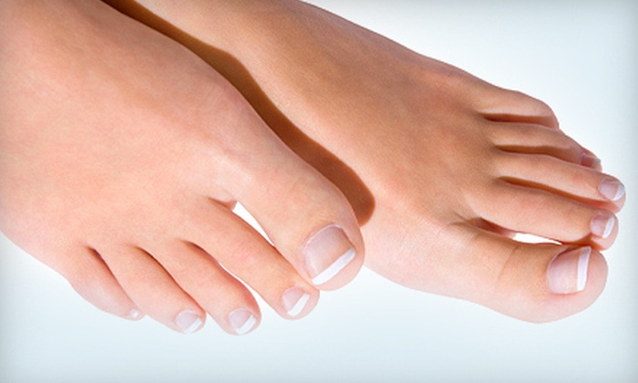 Advanced Vein Treatment & Cosmetic Center - Palos: Toe-Fungus Removal for One or Both Feet at Advanced Vein Treatment & Cosmetic Center in Palos Heights (Up to 67% Off)