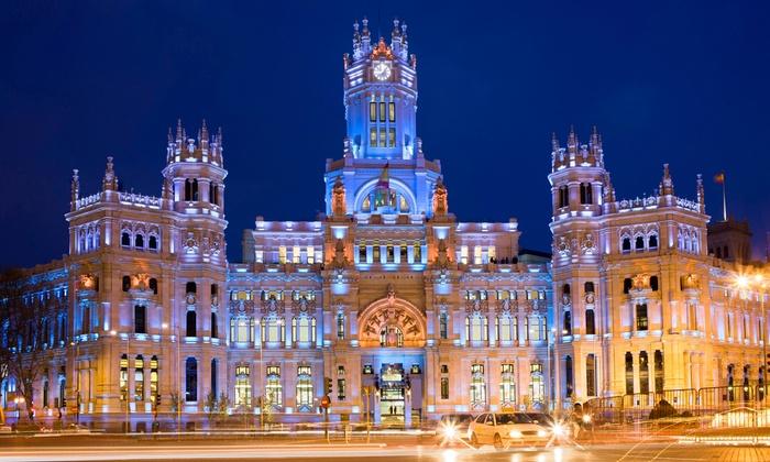 Madrid a 1 paso - Madrid a 1 paso: Ruta nocturna por Madrid para dos o cuatro desde 10,95 € o histórica para dos, cuatro o seis desde 8,95 €