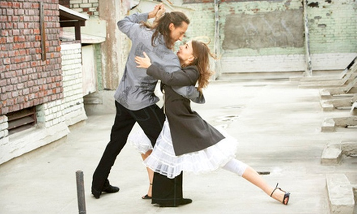 Oxygen Tango - Culver - West: 10 Drop-In Argentine Tango Classes or One Month of Unlimited Classes at Oxygen Tango (Up to 73% Off)