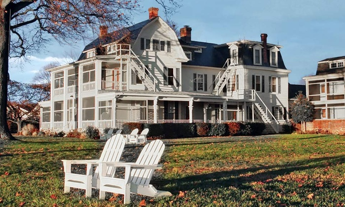 Sandaway Waterfront Lodging - Oxford, MD: 1- or 2-Night Stay at Sandaway Waterfront Lodging in Oxford, MD