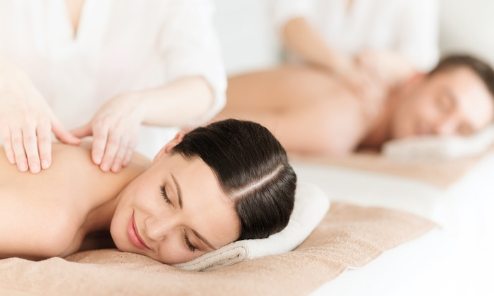 ART Salon & Spa - Springfield: $79 for 60-Minute Couples Massage with Aromatherapy and Sugar Foot-Scrub Treatment at Art Salon & Spa ($180 Value)
