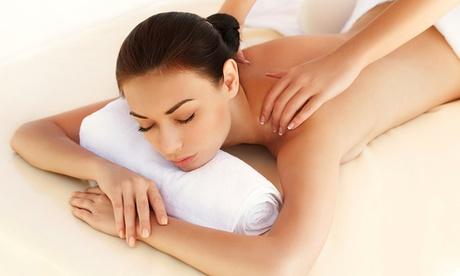 90-minütige Behandlung mit Tuina-Massage und Schröpfmassage bei TCM Massage ab 39,90 €