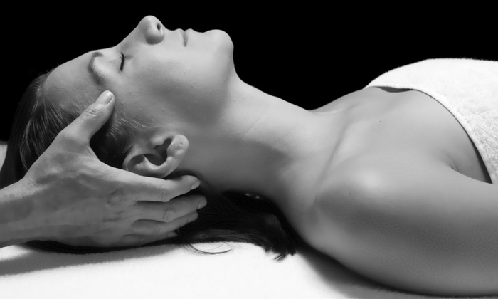 Herspacemassage - Maywood: A 60-Minute Full-Body Massage at Herspacemassage
