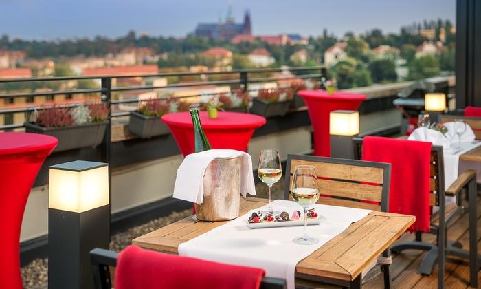 Vienna House Diplomat Prague 4* - Prag: Czechy - Praga: 2-4 dni dla 2 osób ze śniadaniami, romantyczną kolacją i więcej w Vienna House Diplomat Prague 4*
