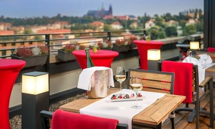 Prague : 1 à 3 nuits, petit déjeuner, accès fitness et dîner romantique à lhôtel Vienna House Diplomat Prague 4* pour 2