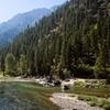 Mountain Inn amid Cascades