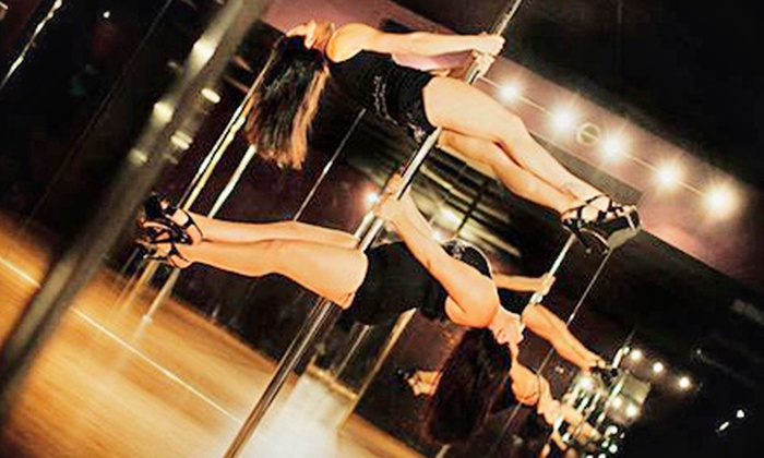 Venus Pole Fitness - Wright: $29 for Three Introductory Classes at Venus Pole Fitness ($84 Value)