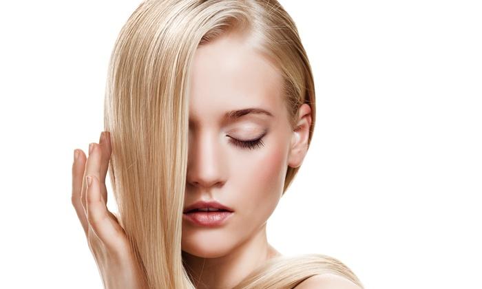 Sechoir Beauty Bar - Farideh Jafari - Sechoir Beauty Bar: Haircut, Condition, and Blow-Dry or Highlights at Sechoir Beauty Bar – Farideh Jafari (Up to 61% Off)
